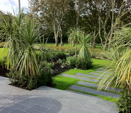 Entretien de jardins pont de buis les quimerch 29 for Entretien jardin 87